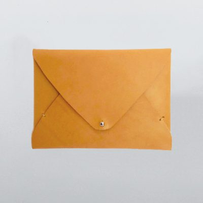 freshly-given-envelope-natural-clutch_01