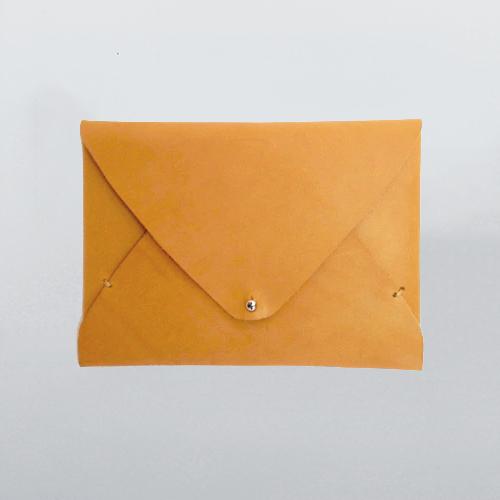 freshly-given-envelope-natural-clutch_01